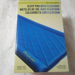 NIB Lightspeed Outdoors® Sleep Pad with FlexForm®